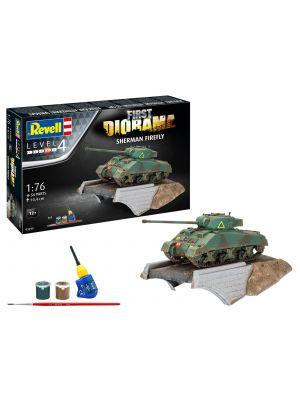 Revell 03299, First Diorama Set, Sherman Firefly, 1:76, 4009803032993