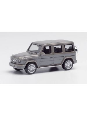Herpa 420488-002, Mercedes-Benz G-Klasse mit AMG Felgen, classicgrau, Maßstab 1:87, 4013150350211