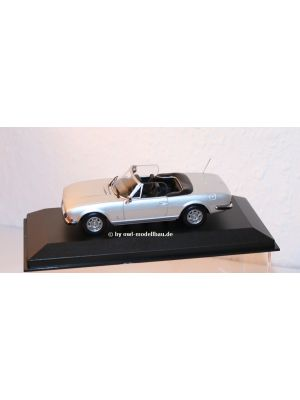 Maxichamps 940112130, Peugeot 504 Cabriolet , 1977, silber metallic, 1:43, 4012138161931